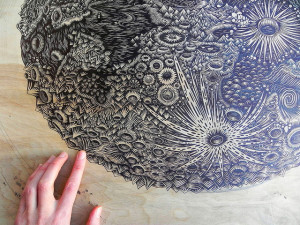 Grootmoeder Maan als kunst